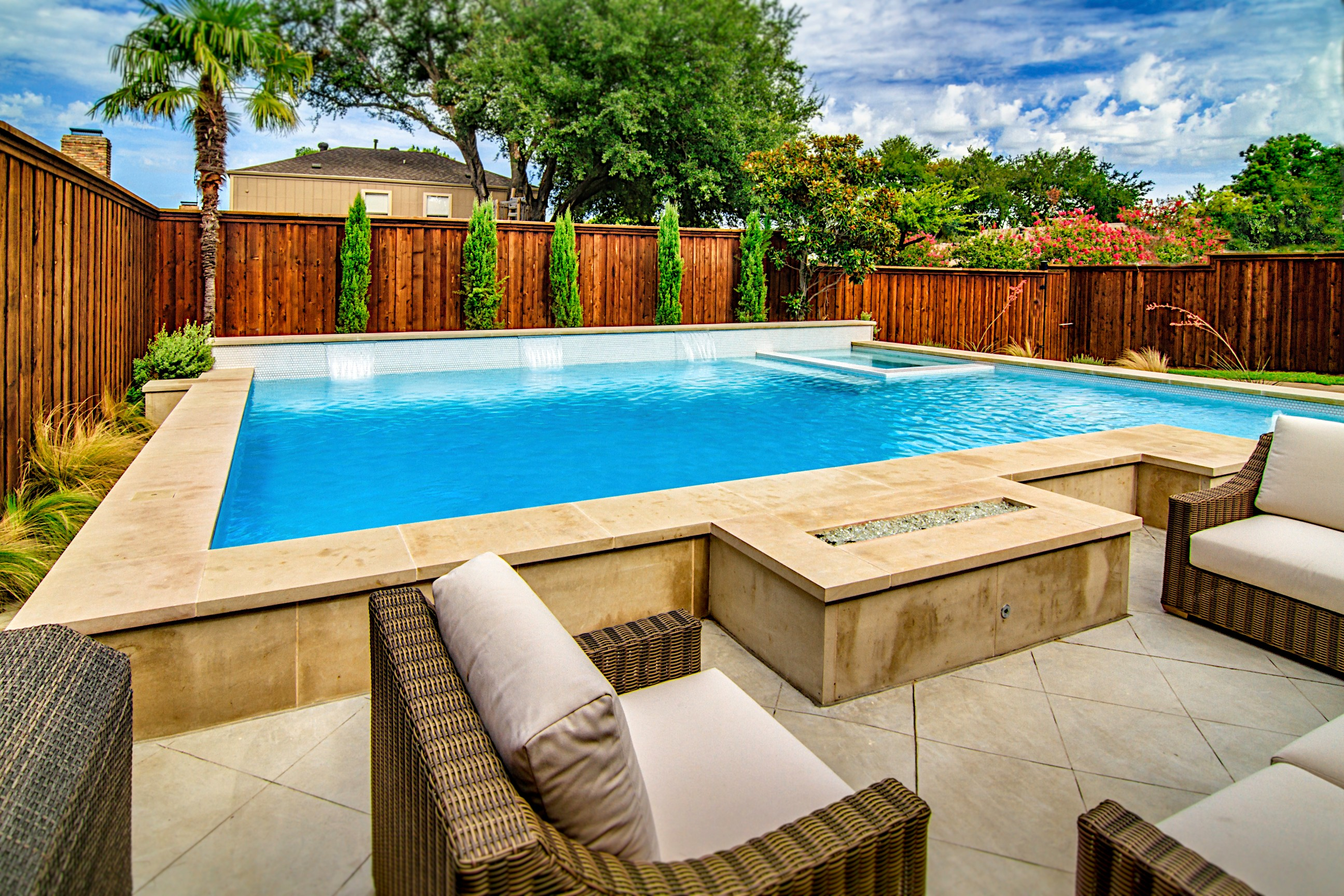 4 Things to Consider When Planning Your Pool Budget