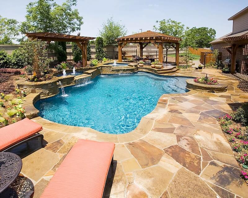 How to choose the right pool shape for Water pool design