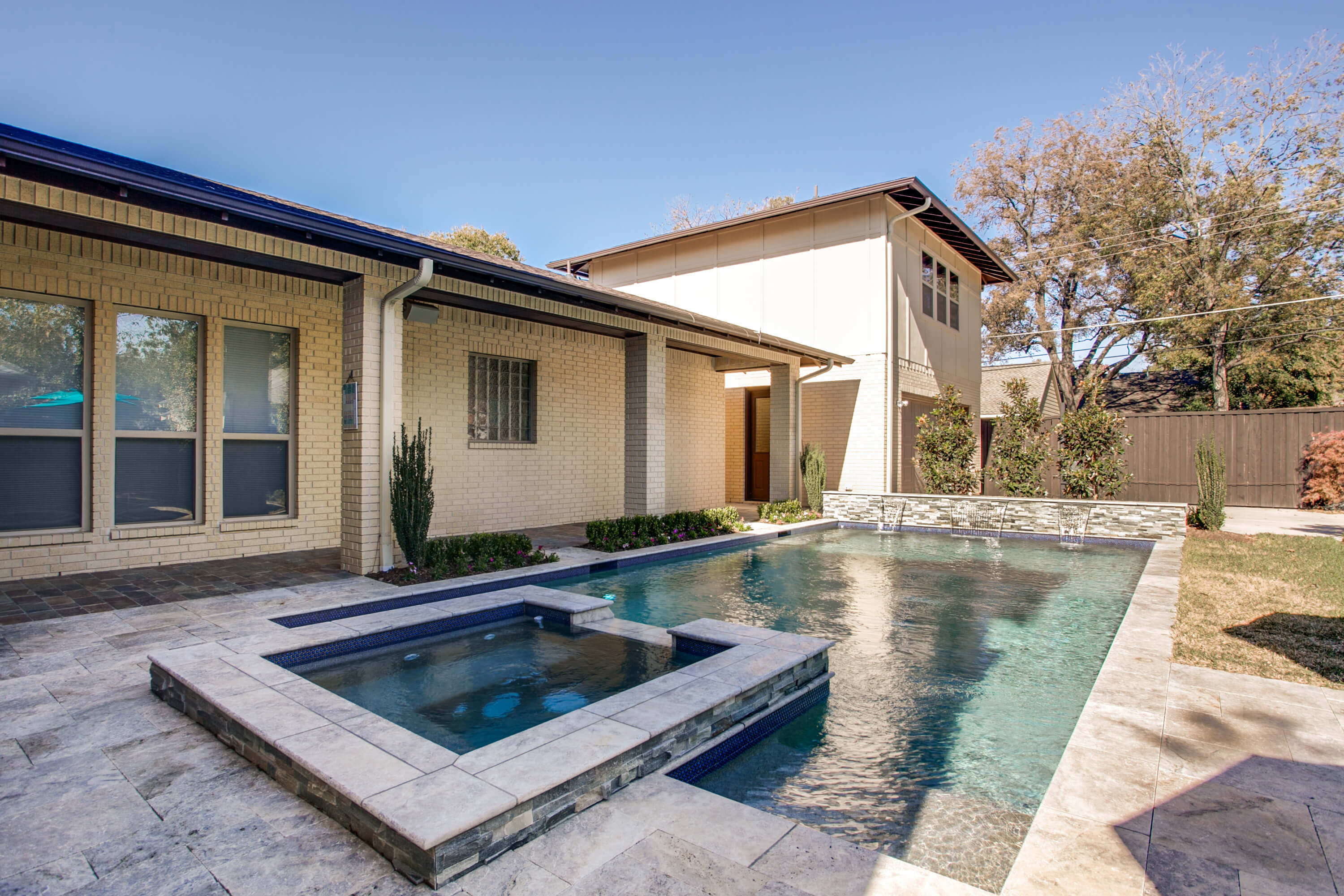 5 Pool Water Conservation Tips for Dallas Area Pool Owners