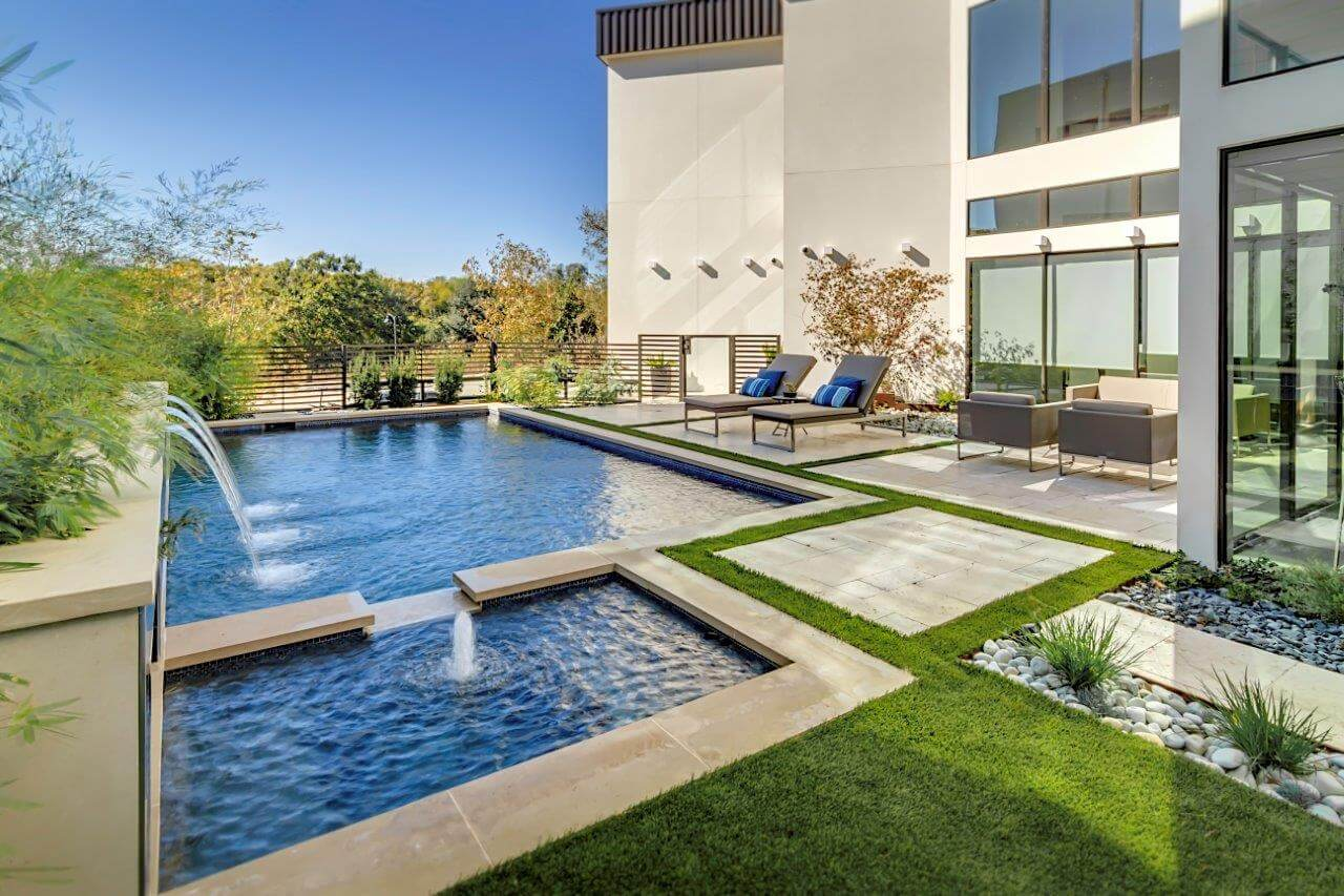 5 Design Elements For Sleek And Modern Pool Style
