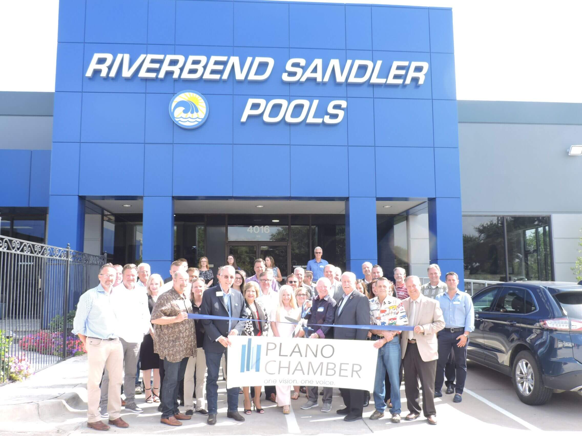 "Riverbend Sandler Celebrates Opening of ""Dream Center"" with Ribbon Cutting Ceremony"